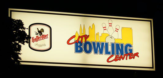 Schild City Bowling Center Brauschweig